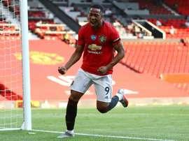 O United se aproxima da Champions. AFP