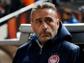 Paulo Bento, alors entraîneur de l'Olympiakos opposé à l'APOEL Nicosie au GSP Stadium. AFP