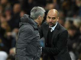 ¿Podría hacer campeón a Mourinho la sanción del City? AFP