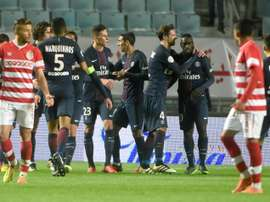 Les Parisiens vainqueurs du Club Africain avec notamment un but dAngel Di Maria. AFP