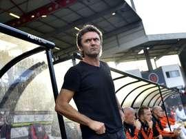 Sylvain Ripoll, alors entraîneur de Lorient, en déplacement à Guingamp, le 21 septembre 2016. AFP