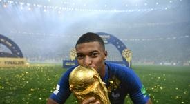 Kylian Mbappé sorprendió a todos con su madurez. AFP/Archivo