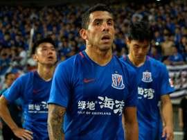 La star de Shanghai Shenhua Carlos Tevez à l'issue du match perdu contre Shanghai SIPG. AFP