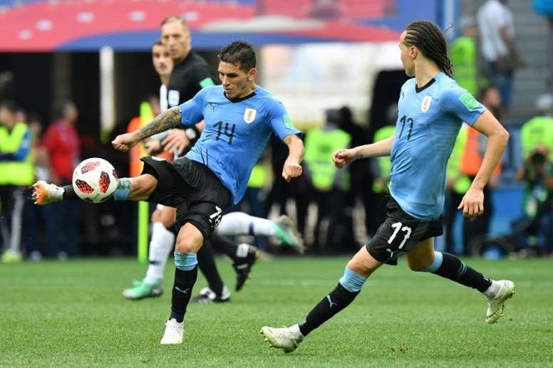 Torreira y Valverde se disputan el puesto de Vecino. AFP