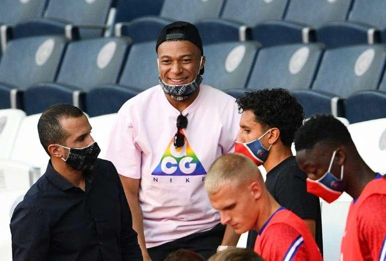 Elenco milionário do PSG busca união por título da Liga dos Campeões. AFP