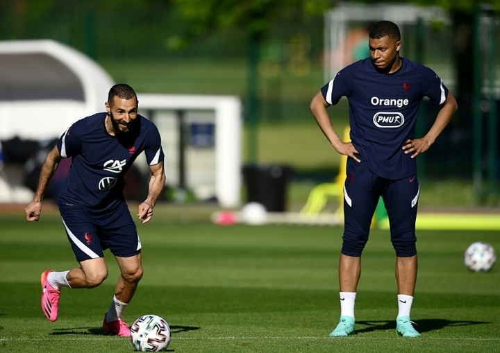 Benzema once again praised Mbappe. AFP