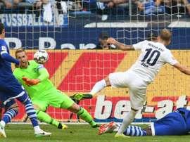 Ondrej Duda auteur du doublé lors de la victoire 2-0 face à Schalke. AFP