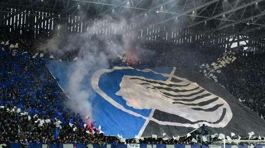 Rejouer ou pas, le foot italien se déchire. AFP