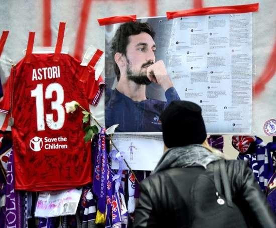 Las 'fake news' manchan otra vez la memoria de Astori. AFP