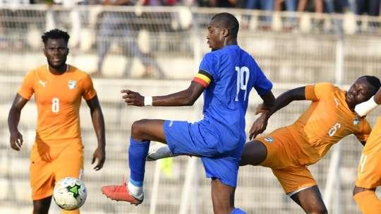 Kondogbia se estrenó con la República Centroafricana. AFP