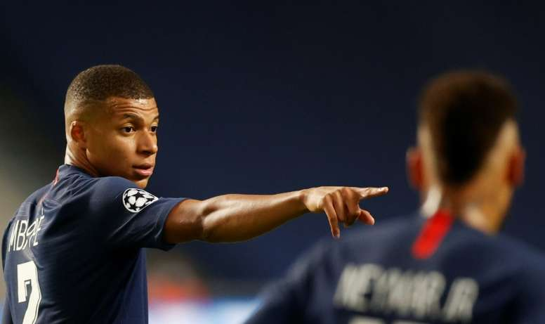 El Madrid confía en ser el primero en echarle el lazo a Mbappé. AFP