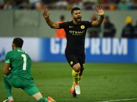 Lattaquant de Manchester City Sergio Agüero, auteur dun triplé face au Steaua Bucarest, en barrage aller de Ligue des champions, le 16 août 2016 à Bucarest