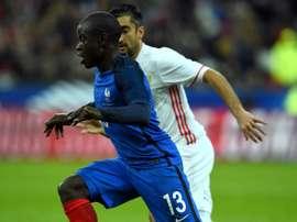 El Leicester sigue buscando al sustituto perfecto de Kanté. AFP