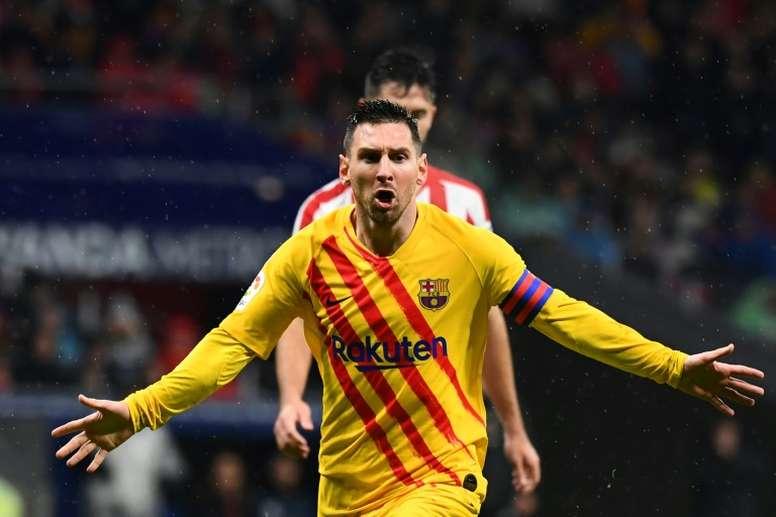 Messi dio el triunfo al Barcelona en el Wanda. AFP