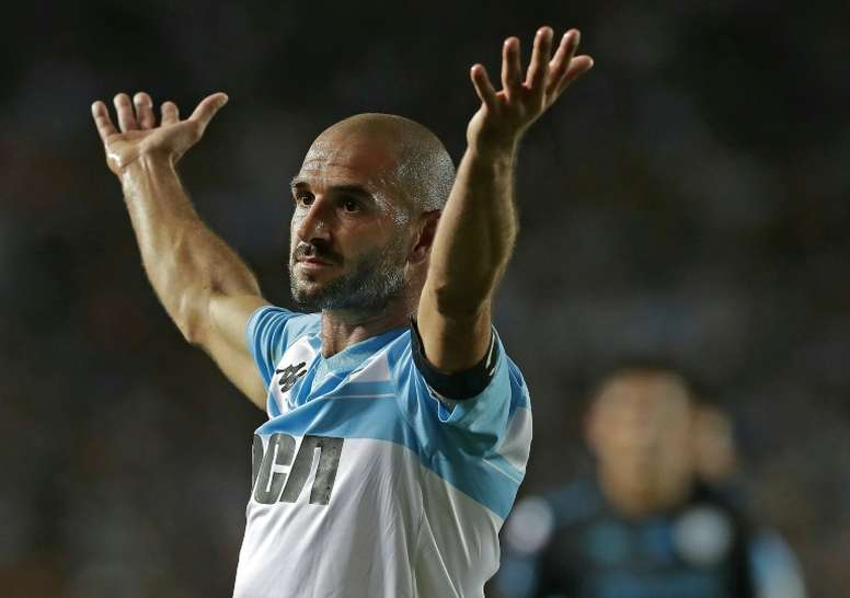 Lisandro López salvó a la 'Academia' con el gol del triunfo. AFP