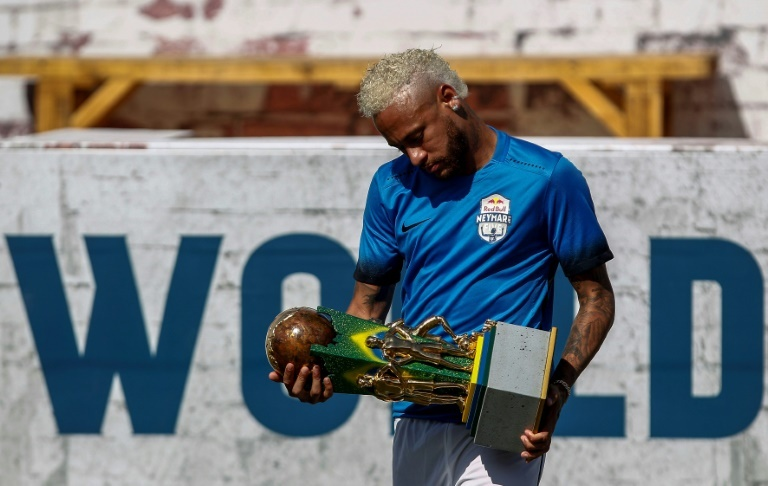 Rocambolesca propuesta: 100 millones por Neymar más dos jugadores a elegir