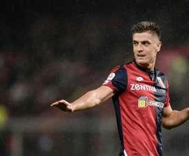 O Milan tentará o polaco. AFP