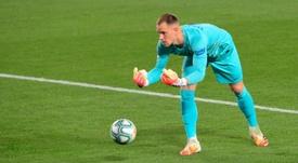 Chelsea e Inter quieren al meta del Barça. AFP