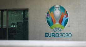 L'UEFA maintient ses plans pour l'Euro et la Ligue des champions. AFP