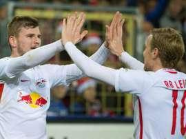 Les attaquants de Leipzig Timo Werner et Emil Forsberg face à Fribourg le 25 novembre 2016