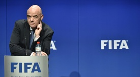 Infantino escucha a clubes, federaciones, jugadores... AFP