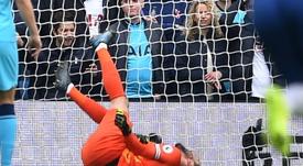 Mais problemas para o Tottenham, lesão grave de Lloris. AFP