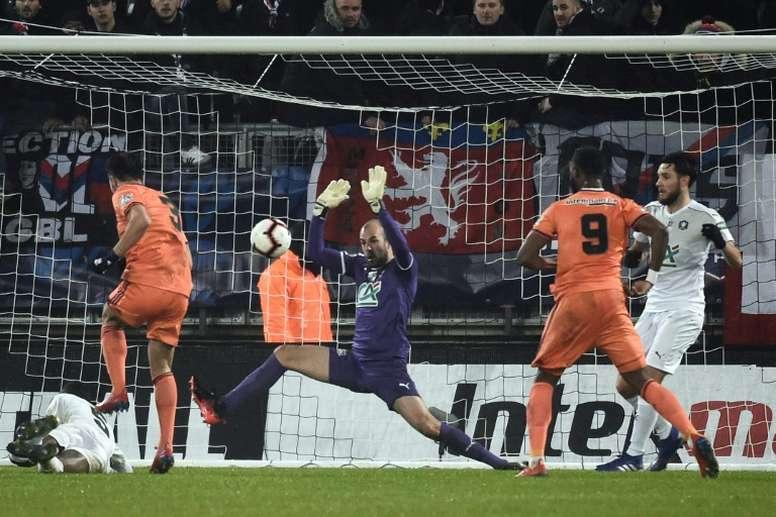 El Olympique de Lyon no dio opción al Amiens. AFP