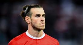 El suceso de la bandera acompaña a Bale. AFP