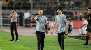 Le club de Bruno Genesio perd la tête du championnat chinois. AFP