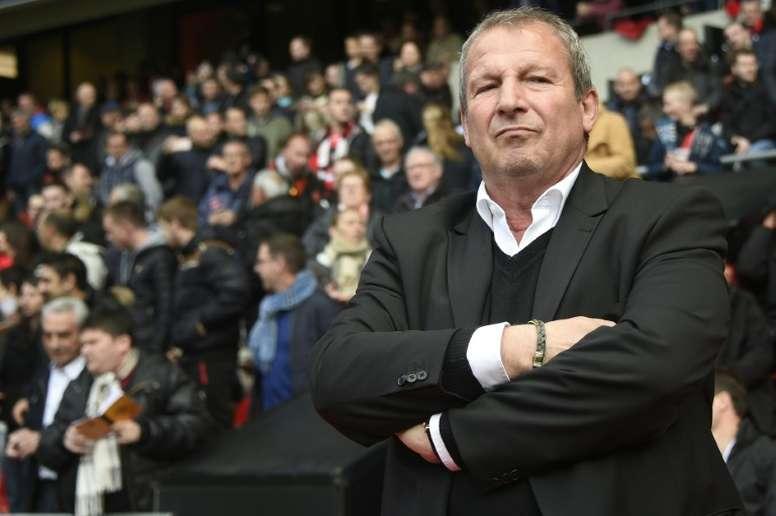 Courbis rechazó la propuesta que le hizo el Lorient para ocupar el cargo de entrenador. AFP/Archivo