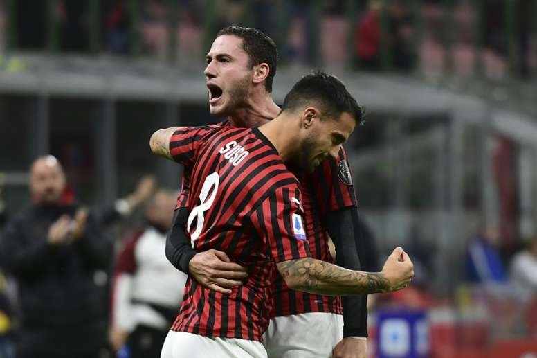 Milan quer três jogadores do Arsenal. AFP