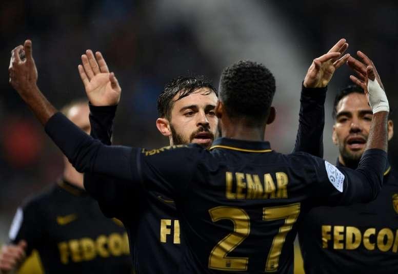 El Mónaco acaricia el título. AFP