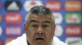 La CONMEBOL anuncia la destitución de Tapia. AFP