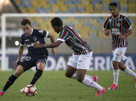 El club galo tiene una estrategia para fichar al brasileño. AFP
