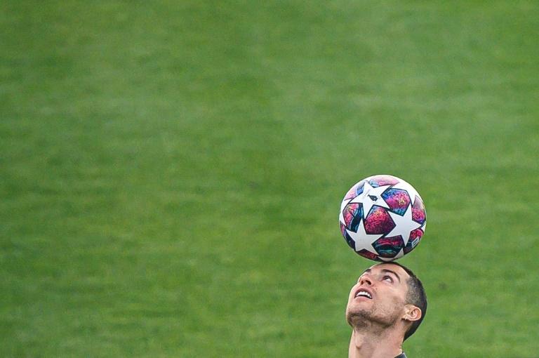 La chérie de Cristiano Ronaldo dévoile ses fesses voluptueuses — Georgina Rodriguez