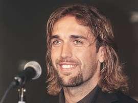 El ex futbolista podría ser el sucesor de Guillermo Amor. AFP