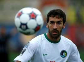 L'attaquant du New York Cosmos Raul suit le ballon face à Fort Lauderdale en Championnat NASL. AFP