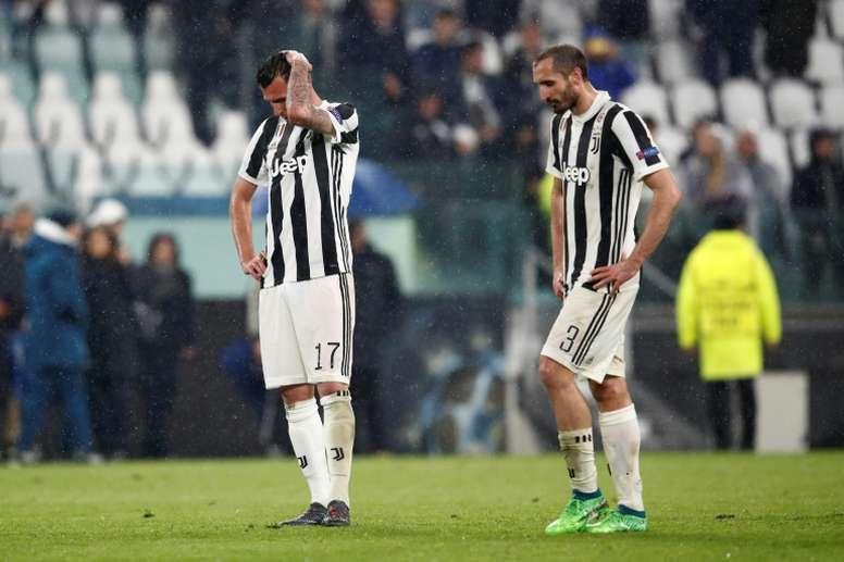 La Juventus denunció a la entidad rumana por su parecido en el nombre y escudo. AFP