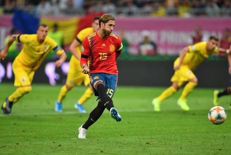 España ya lo pasó mal en Rumanía. AFP
