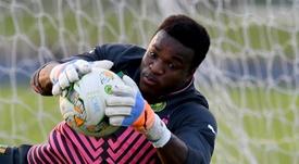 Le Camerounais Ondoa licencié de son club belge après une fête clandestine. afp