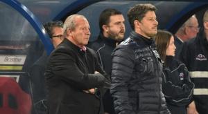 Rolland Courbis et Fabien Mercadal lors de la défaite de Caen à domicile contre Bordeaux. AFP