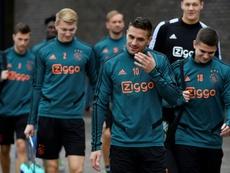 Le foot professionnel figé pendant une minute contre le racisme. AFP