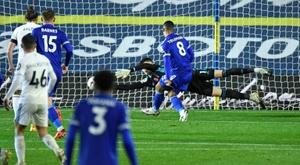 Leicester punit Leeds et talonne Liverpool