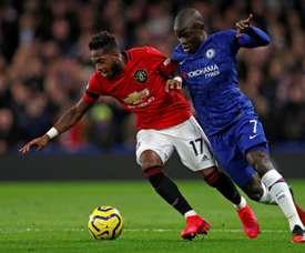 Kanté sort blessé au bout de 10 minutes contre Manchester United. AFP