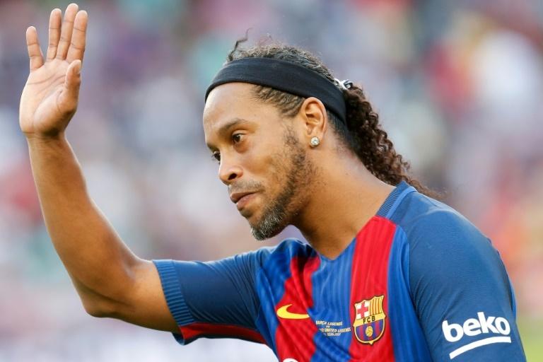 Officiel : Son frère annonce la fin de carrière de Ronaldinho