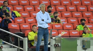 Quique Setien is being heavily criticised at the moment. AFP