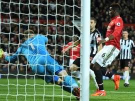 Pogba foi um dos destaques da vitória do United. AFP