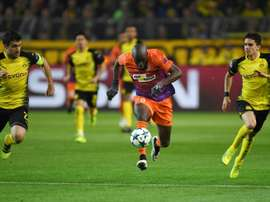 Mickaël Poté (c) buteur pour l'Apoel Nicosie face à Dortmund, le 1er novembre 2017 à Dortmund. AFP