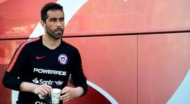 Bravo sueña con ser entrenador y dirigir a Chile. EFE