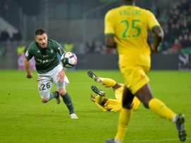 Mathieu Debuchy, lors du match de Ligue 1 face à Nantes. AFP